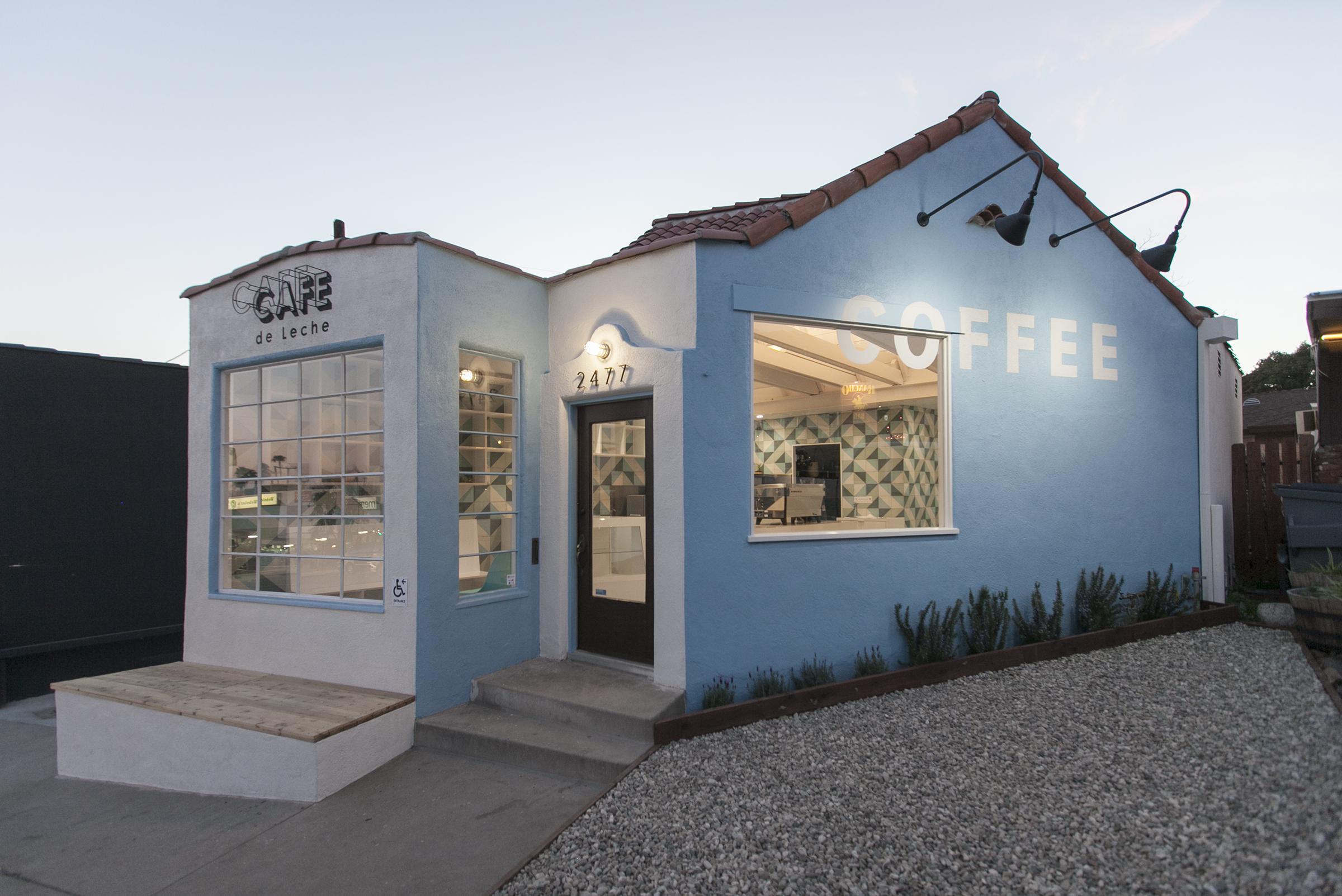 Cafe de Leche Altadena-01-Exterior